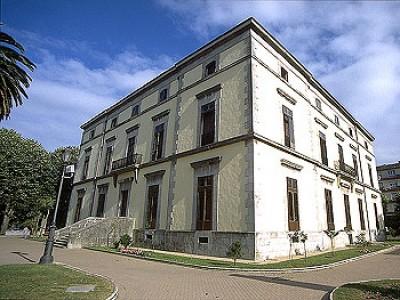 Papercraft del Palacio Manzanedo en Cantabria, España. Manualidades a Raudales.