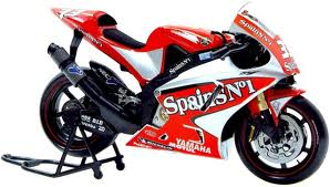 Download - Yamaha - YZR M1 - Modelo 2004